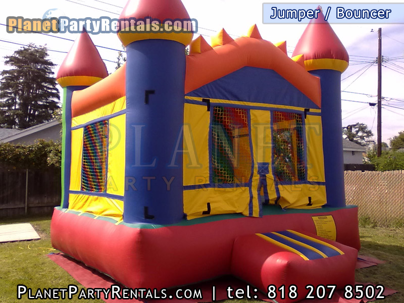 "Round 60"" Tables 6ft by 3ft Rectangular tables 